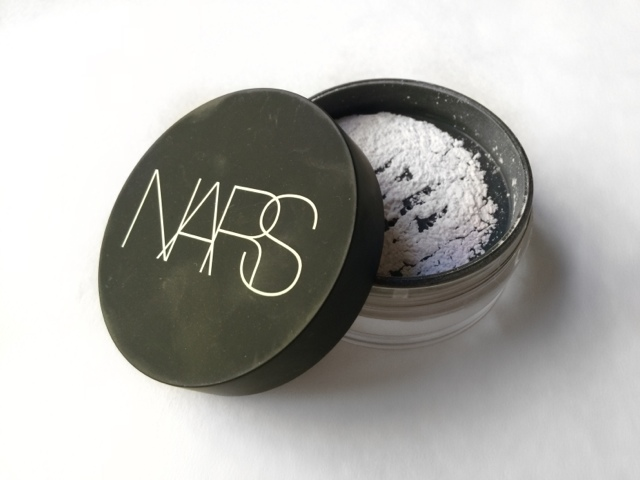 lexi lazaro nars light reflecting loose powder review. Black Bedroom Furniture Sets. Home Design Ideas