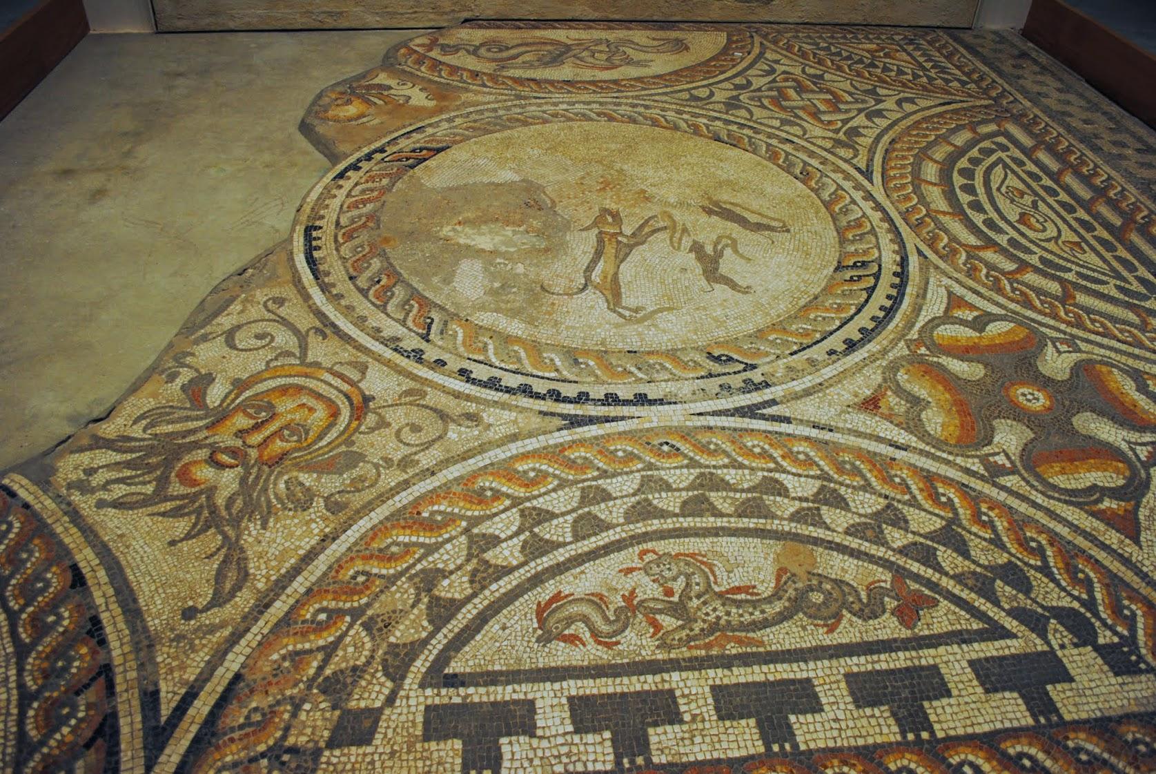 My Photos: England -- Mosaics -- Cirencester -- Corinium Museum -- Hunting Dogs Mosaic