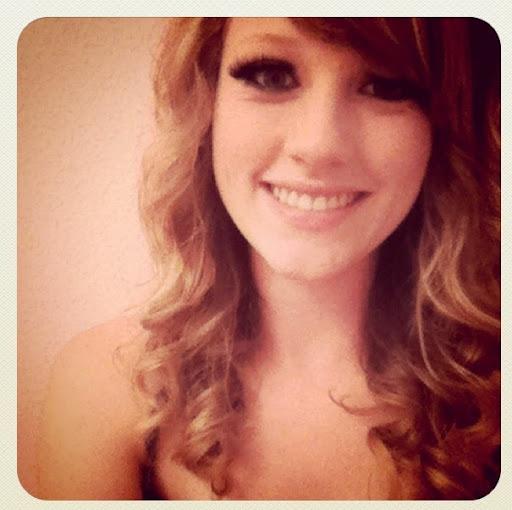 Jessica Ewert Photo 5