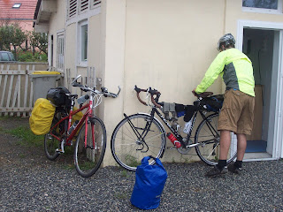 day 6 12th sept le pellerin to la rochelle cycle touring journal. Black Bedroom Furniture Sets. Home Design Ideas