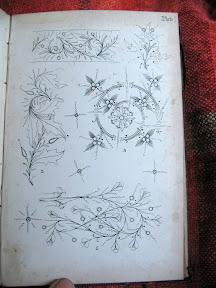 Lámina 7 con ejemplos de orlas florales.