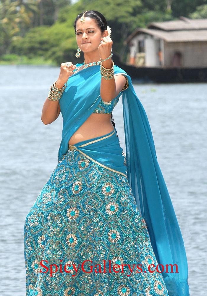 Cinegoer.com: Bhavana latest photos, images, download, gallery