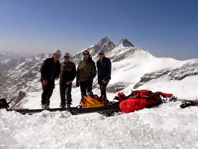 Skupinska na vrhu Johannisberga 3463m