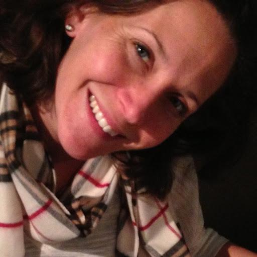 Stephanie Downey Photo 4