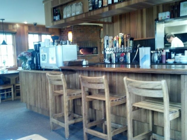 Cafe on Hawk Creek