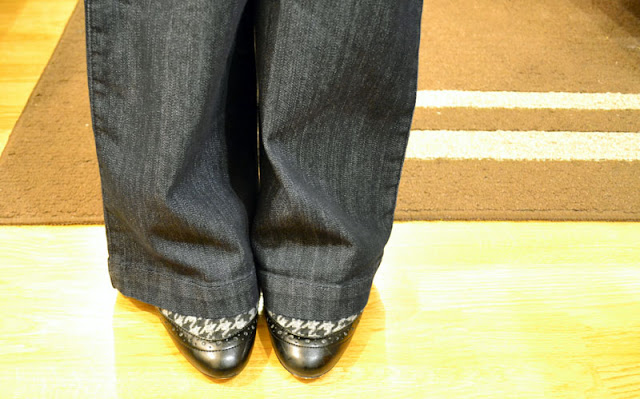 sacramento office fashion blogger angeline evans the new professional blog business casual trouser jean target merona anne klein mary janes