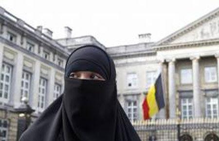 Akhirnya Belgia Mencabut Larangan Penggunaan Jilbab di Area Publik