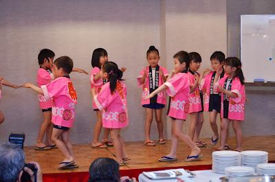 前夜祭 幼稚園児の踊り