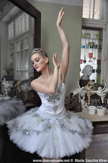 maria sascha khan