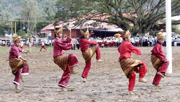 hardiknas 2012, Molibagu, otonomi daerah, Bolsel, Bolaang Mongondow Selatan, Pinolosian, indeks pembangunan manusia bolsel