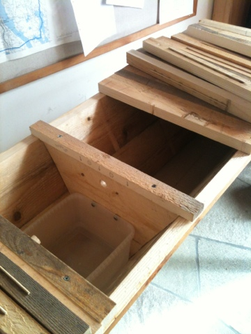 Chop Wood Carry Water Plant Seeds: Top Bar Hive Feeder Box