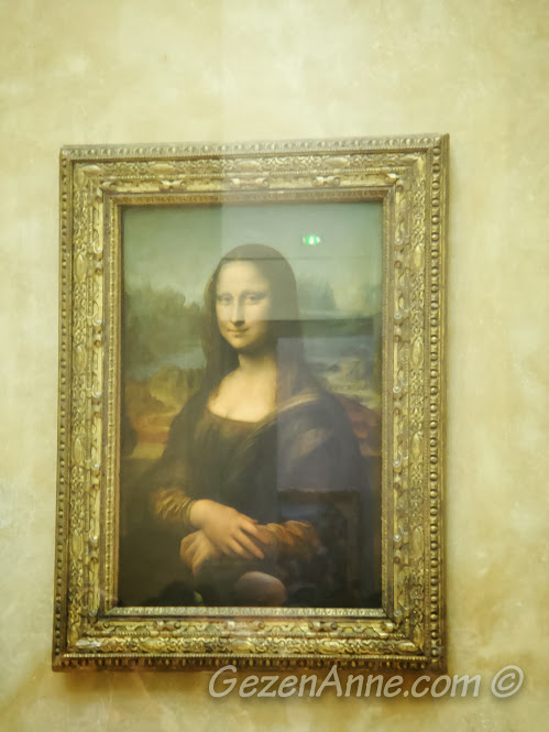 Mona Lisa tablosu, Louvre Müzesi Paris