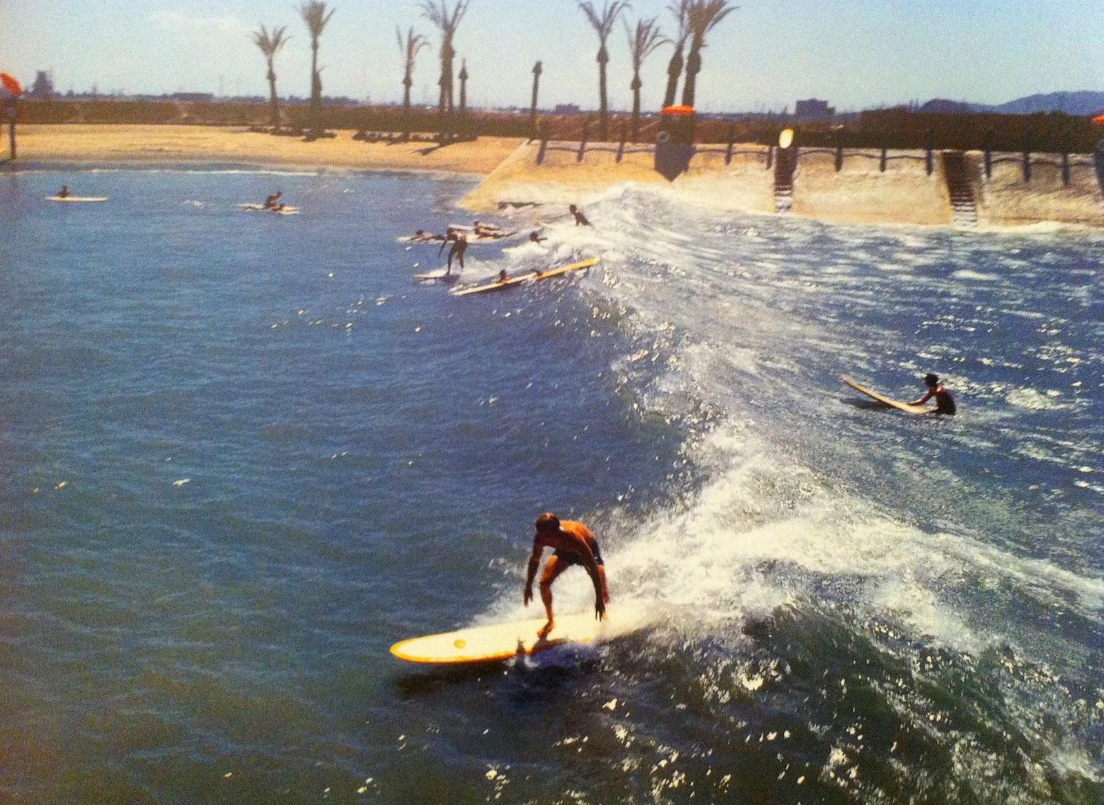 https://lh6.googleusercontent.com/-CJmnHg3c99g/TW5BP3ggCCI/AAAAAAAAAfU/IjkLCvb6nVI/s1600/Surf+pool+arizona2.jpg