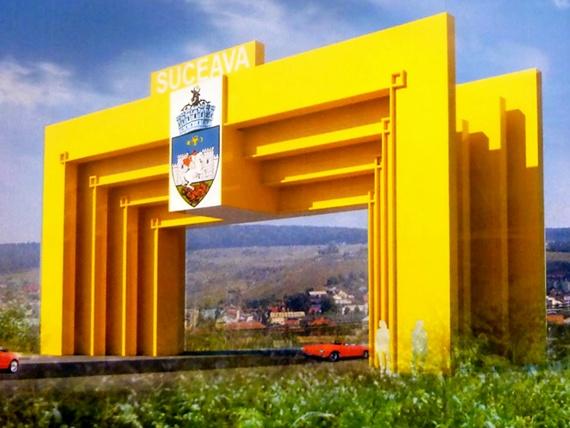 Arcuri de triumf la intrările în Suceava. Cu tot cu bonus?