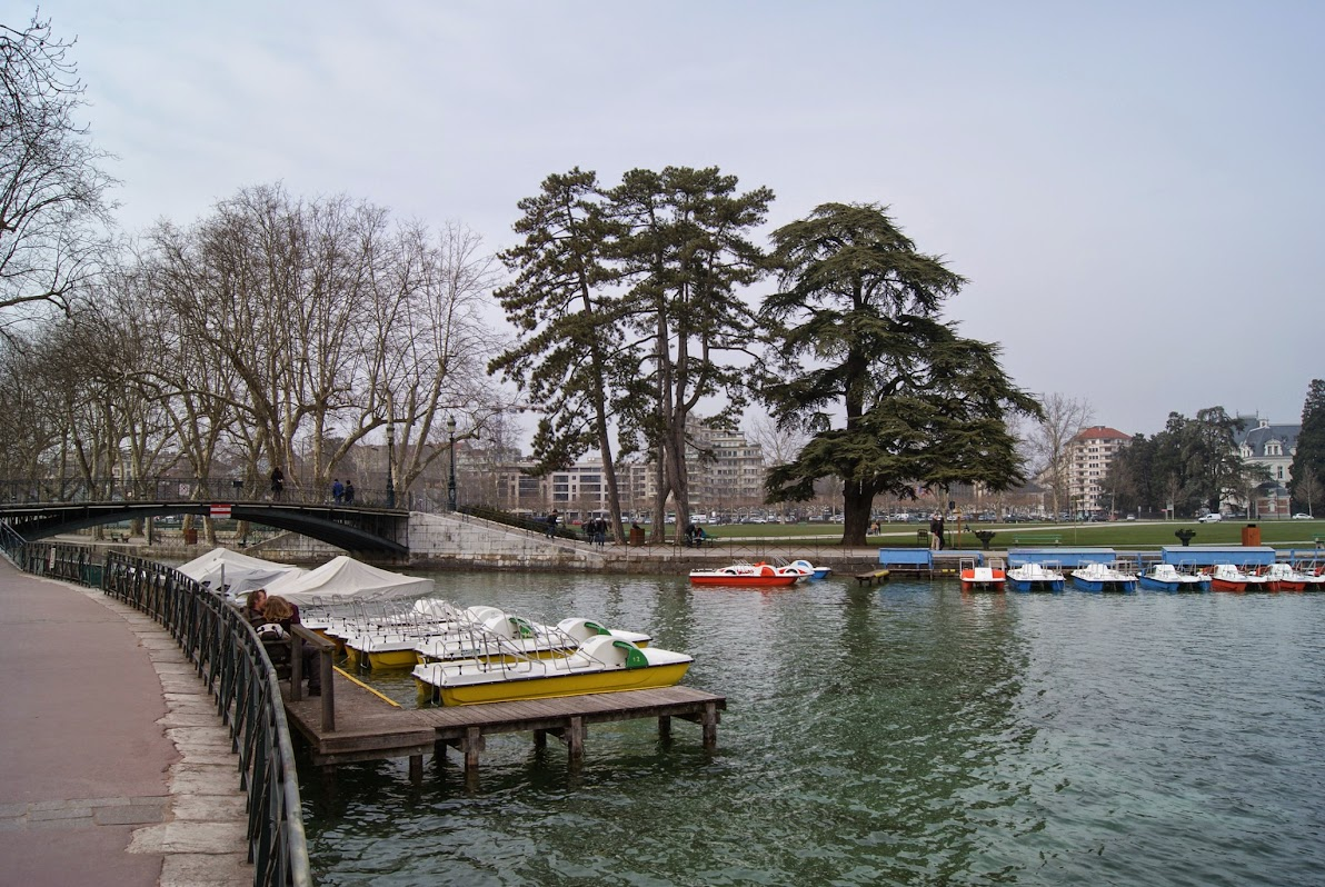 Le pont des Amours et le canal du Vassé