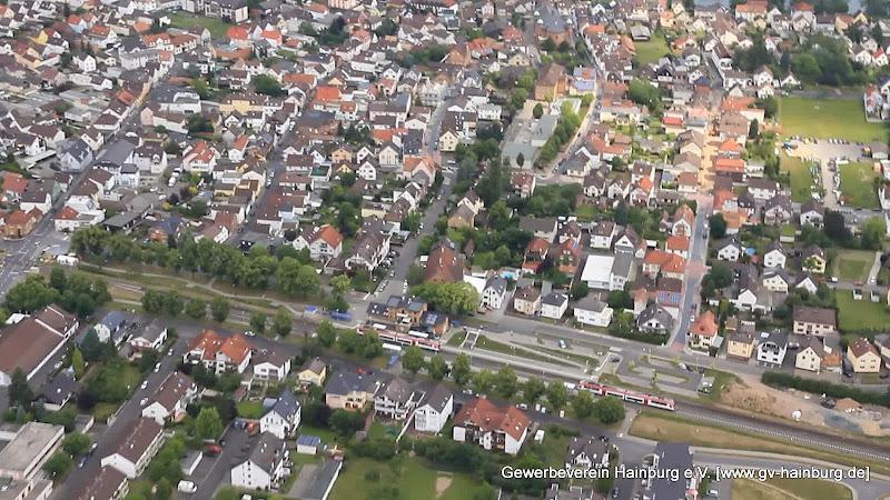 Luftaufnahme von Hainburg - Bahnhof Hainburg mit 2x Odenwaldbahn / VIAS | Foto: Tobias Kemmerer