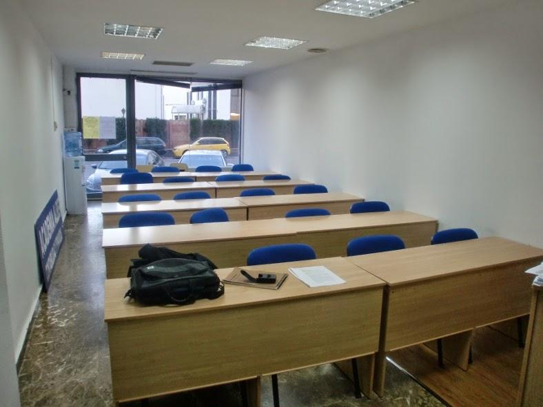 Academia no reglada en Sevilla