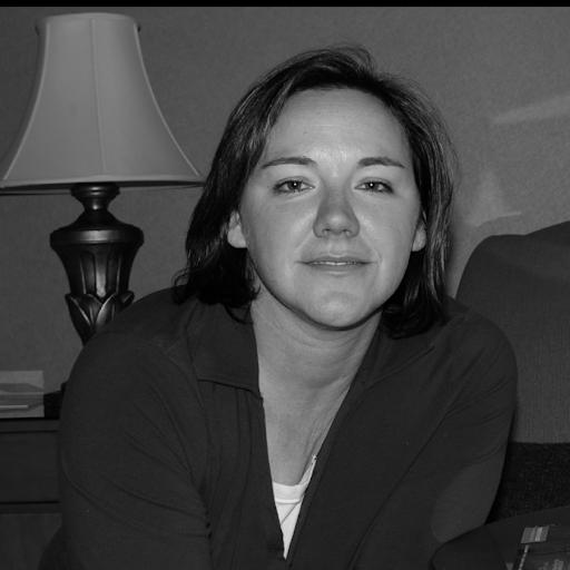 Nicole Renaud Photo 23