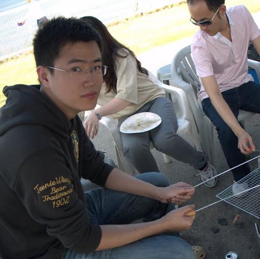 Dong Li Photo 15