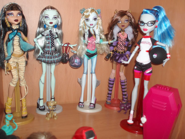 Algun@s de l@s Monster High de Luix