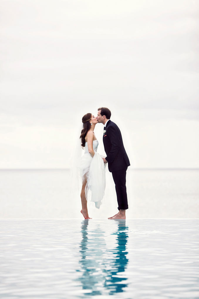 infinity pool kiss STUDIO 1208
