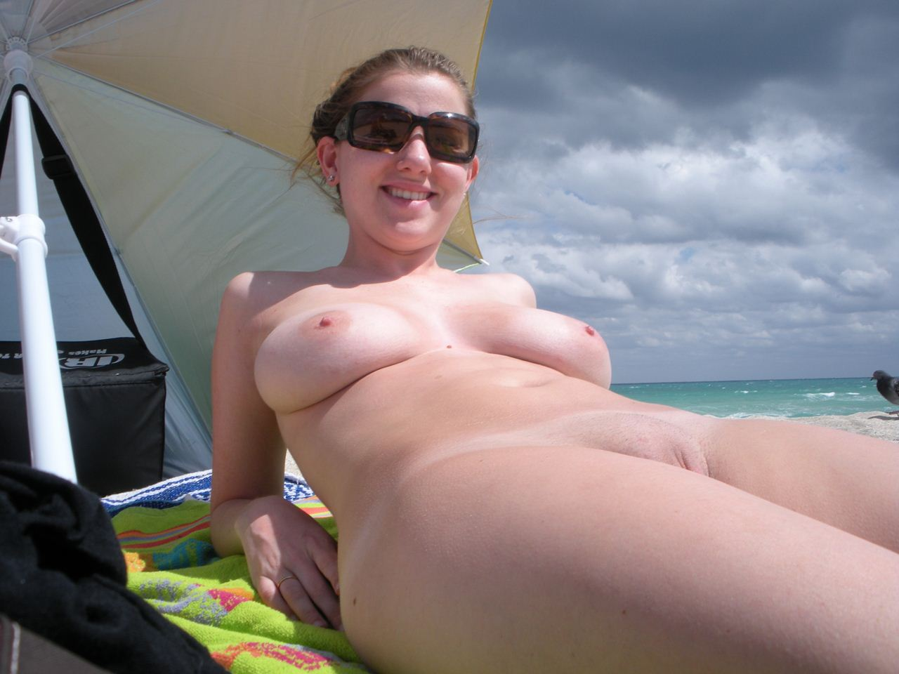 nudist woman Nudist Women BONUS Photo of the Day 03/09/11