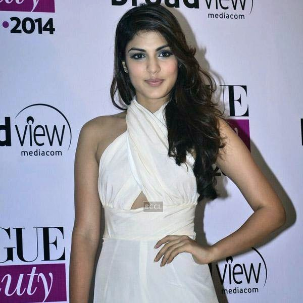 A guest at Vogue Beauty Awards 2014, held at Hotel Taj Lands End in Mumbai, on July 22, 2014.(Pic: Viral Bhayani)