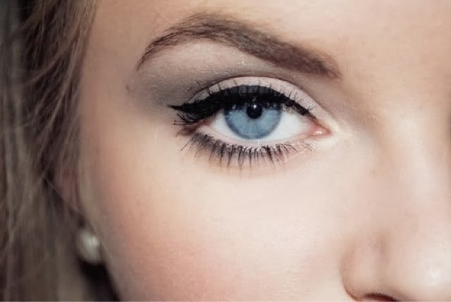Beauty tip series: #3 Natural looking eyeliner