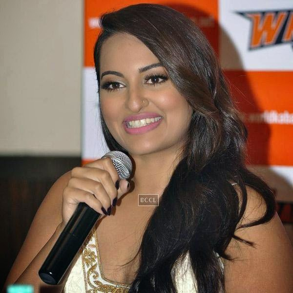 Sonakshi Sinha at a press meet to announce her association with World Kabaddi League (WKL), held at hotel Novotel, on July 16, 2014.(Pic: Viral Bhayani)