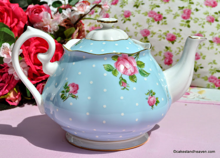 Pretty pink roses and blue polka dot bone china 2 pint teapot