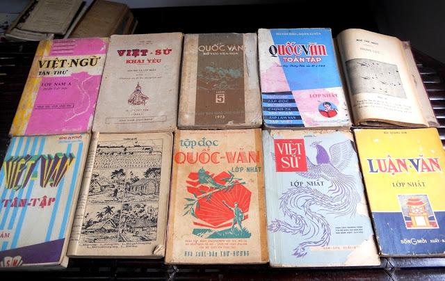 Sách giáo khoa tiểu học cũ - nơi lưu giữ từng trang ký ức DSCN2785
