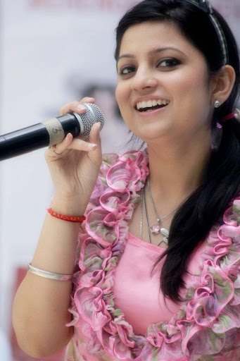 Aditi Sharma  Anchor Female, Emcee, MC Master Of Ceremony 75000
