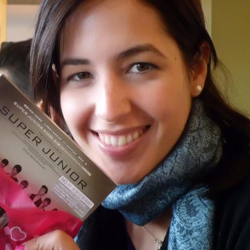 Estefania Perez Photo 15