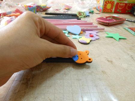 Customização de lápis com EVA