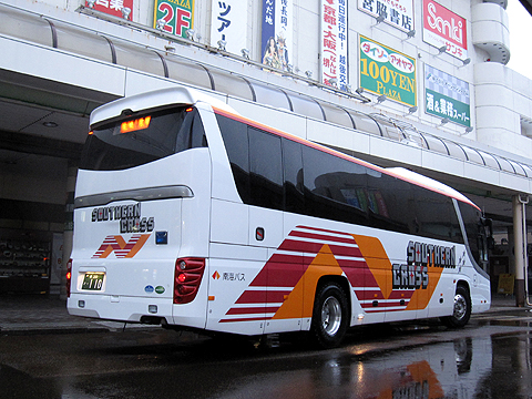 南海バス「サザンクロス」長岡・三条線 ・112 リア