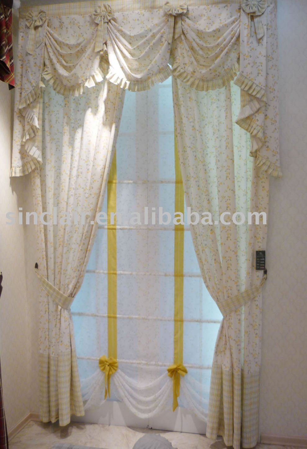 Between You And Me A Collection Of Swags And Valances