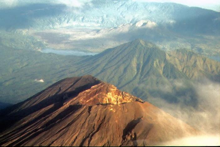 Вулкан Батур, Бали