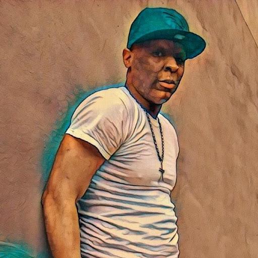 Marquis White Photo 23
