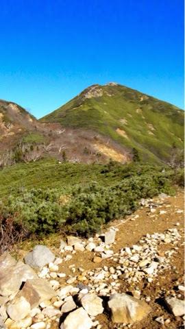 ミノブチ岳から見た俎嵓