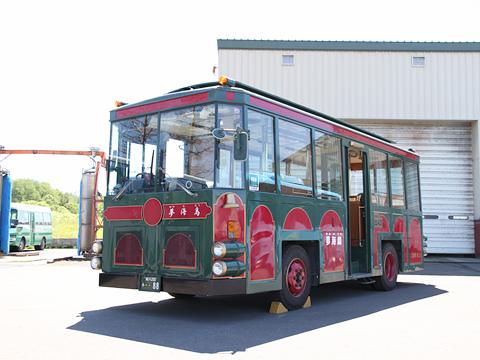沿岸バス レトロ調バス「夢海鳥」