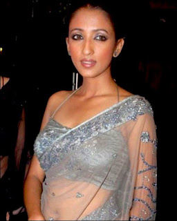 Iris Maity in saree