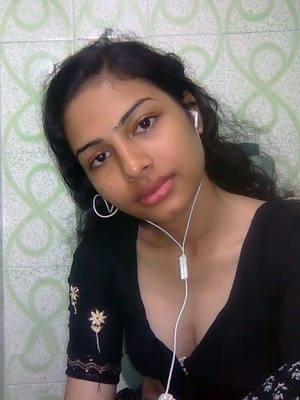 Hot northindian girl undressed and enjoyed with her bf 10