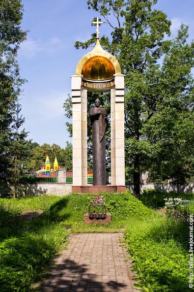 Памятник-часовня великому русскому князю-освободителю