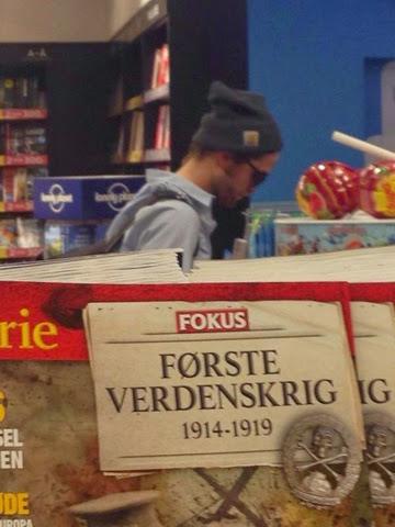 19 Octubre - Nuevas fotos de Rob en el aeropuerto de Copenhagen!!! (18 Octubre) Blogger-image--753626664