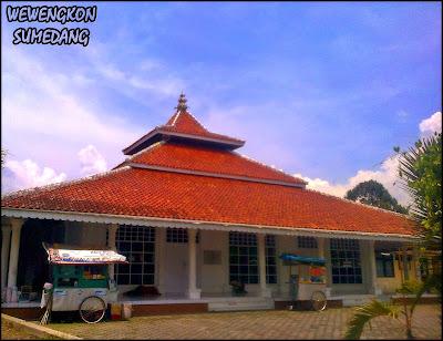 Cerita Duka Di Masjid Pusaka, Masjid Besar Tegalkalong