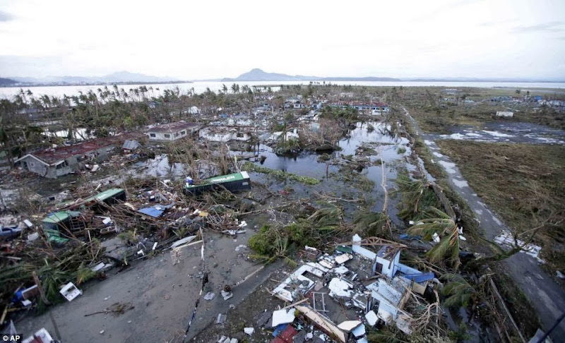 Photos-Caused-by-Typhoon-Yolanda-Haiyan-11-16-2013-19