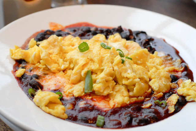 black beans with scrambled eggs