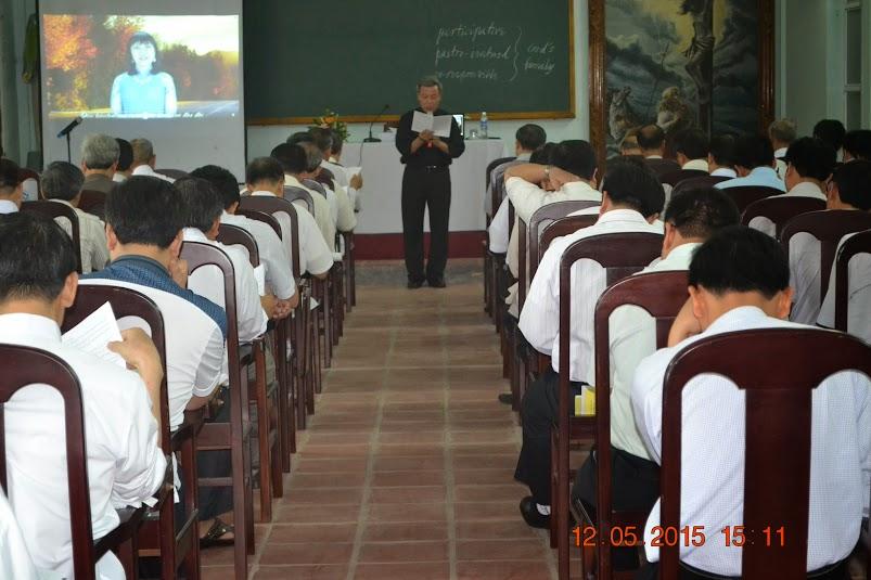 Thường huấn linh mục ngày 13/05