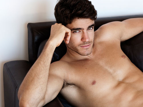 Caio César by Greg Vaughan, September 2011