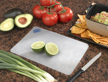 How to Choose and Use Cutting Boards